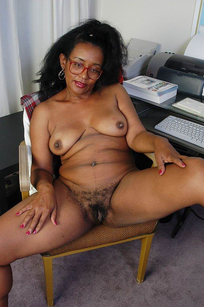 Beautiful mature black is very hot fuck old busty fat