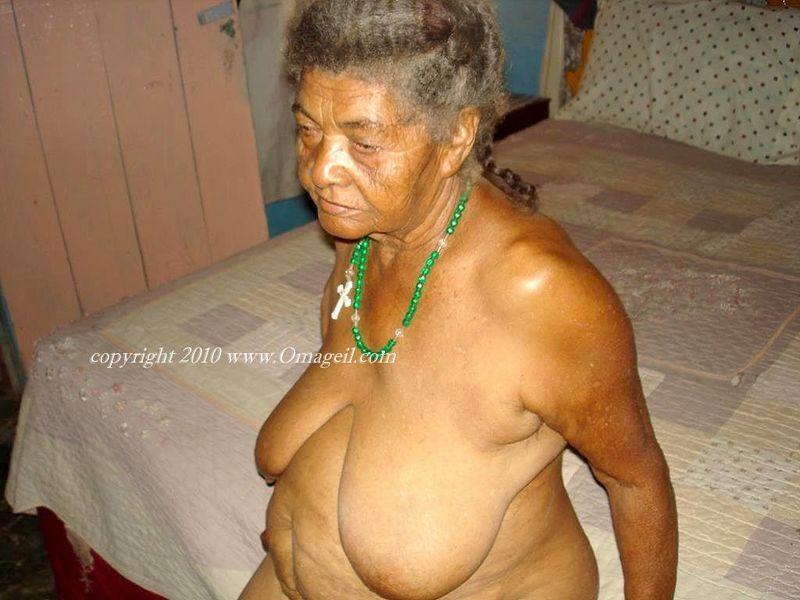 Black granny pics