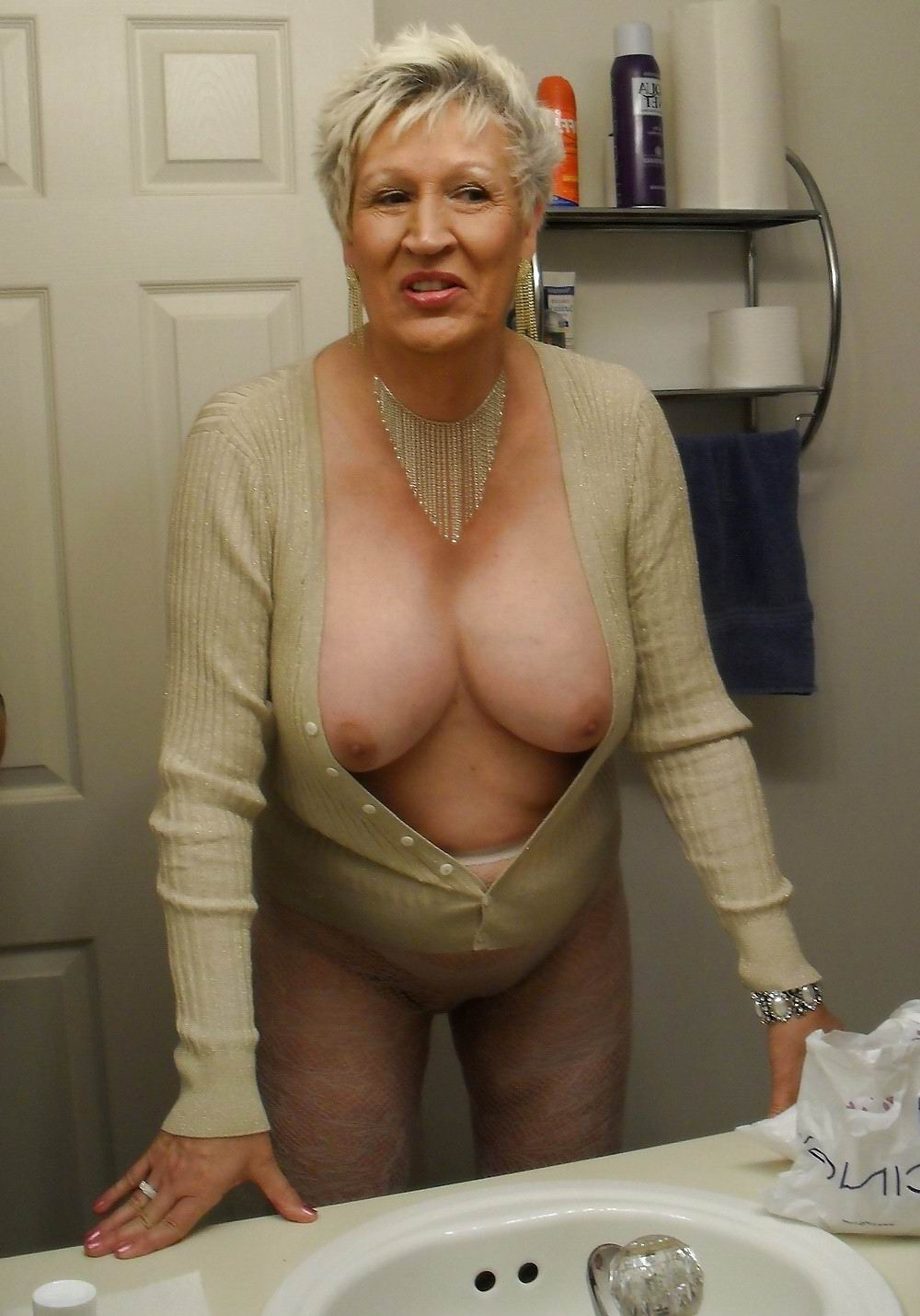 mature fat vids - hidden dorm sex