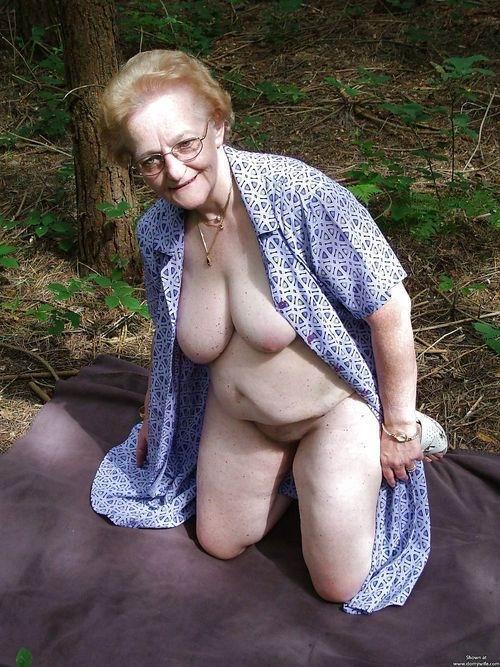 Best Granny Porno 23